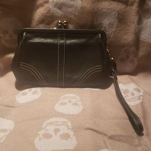 COACH Black Leather Kisslock Wristlet